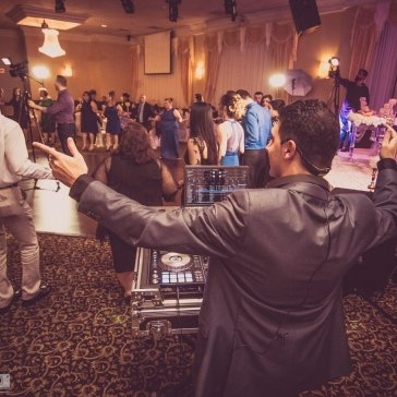 DJ Eddie at a wedding