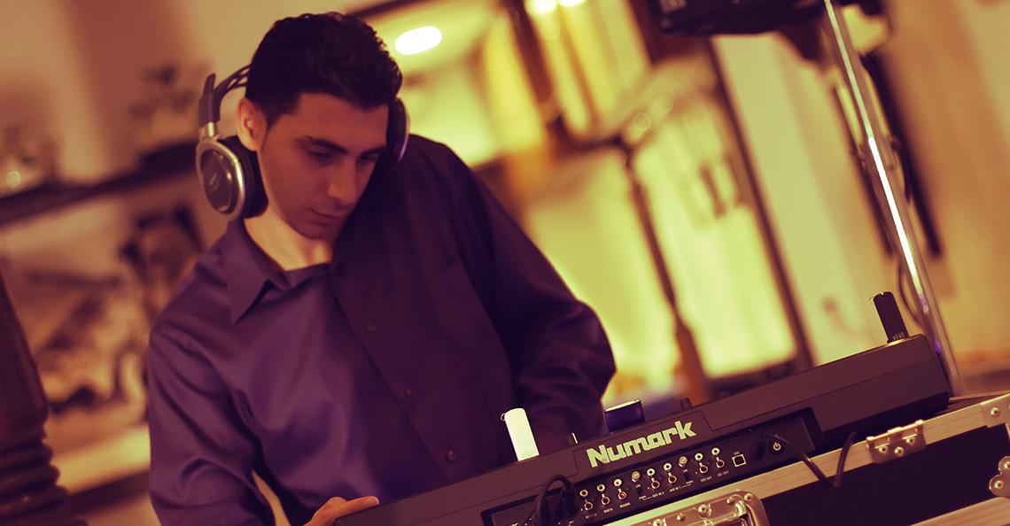 DJ Eddie in the Mix