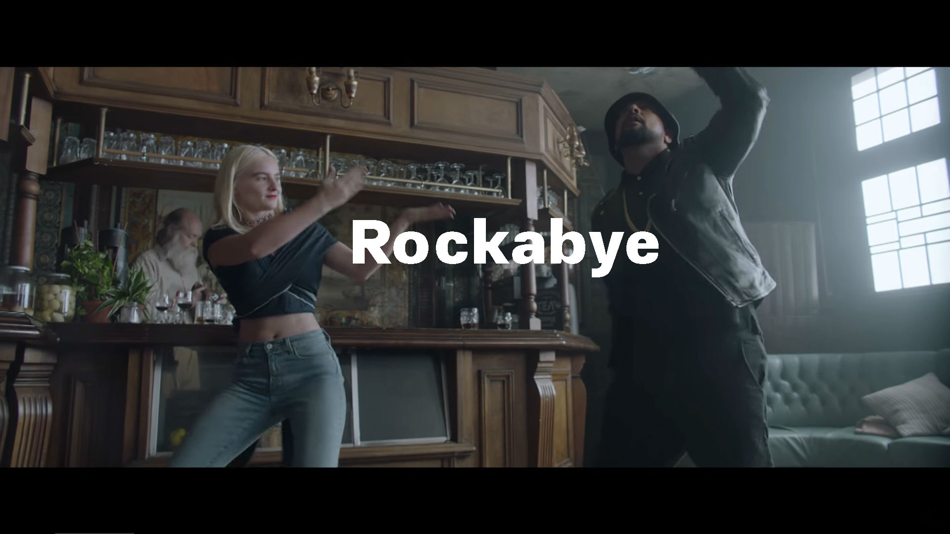 Clean Bandit ft Sean Paul & Anne Marie – Rockabye